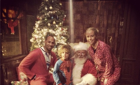 "Kendra Wilkinson and Family Pose with Santa, Wish Fans ""Happy Holidays"""