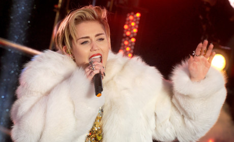 Miley Cyrus: Vindicated by Love Magazine, Never Pushed to Replace Beyonce