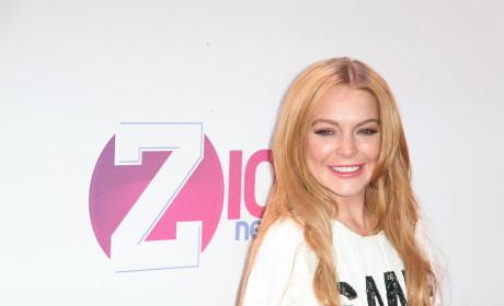 Lindsay Lohan Offers Reward for Stolen Computer