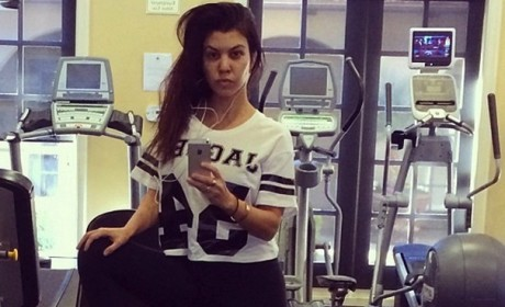 Kourtney Kardashian Without Makeup!