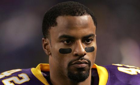 Darren Sharper, Former NFL All-Pro, Arrested for Rape