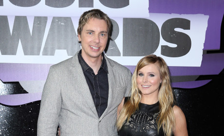 Kristen Bell and Dax Shepard Push for Boycott, Slam Tabloids for Publishing Kid Pics