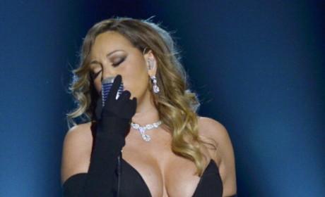 Mariah Carey Boobs Alert