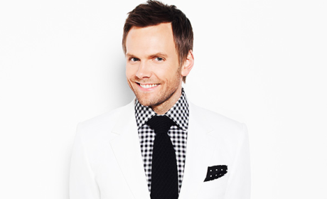 Joel McHale to Emcee 100th White House Correspondents' Dinner