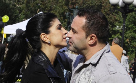 Teresa and Joe Giudice Photo