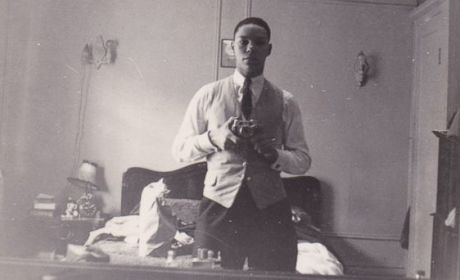 Colin Powell Selfie Wins Internet; Did Retired General INVENT the Selfie?!