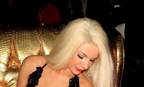 Courtney Stodden Cleavage Photo