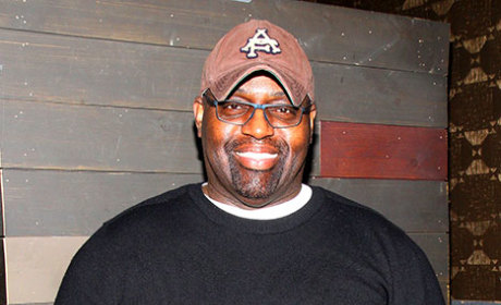Frankie Knuckles Dies; DJ, House Music Pioneer Was 59