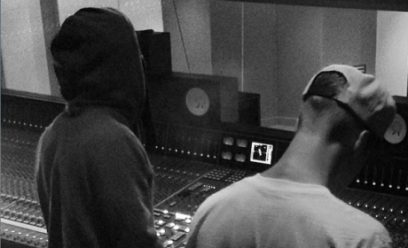 Justin Bieber: In the Studio with Lil Wayne!