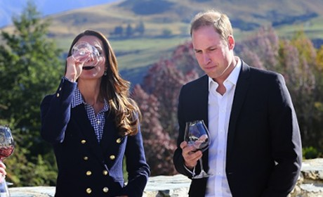 Kate Middleton: Not Pregnant! Drinking Wine with Prince William!