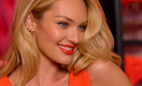 Candice Swanepoel Close Up