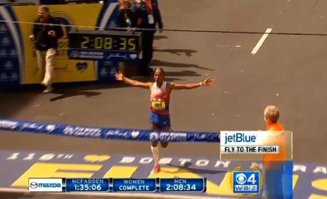 Meb Keflezighi Wins 2014 Boston Marathon