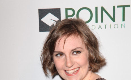 Lena Dunham Red Carpet Photo