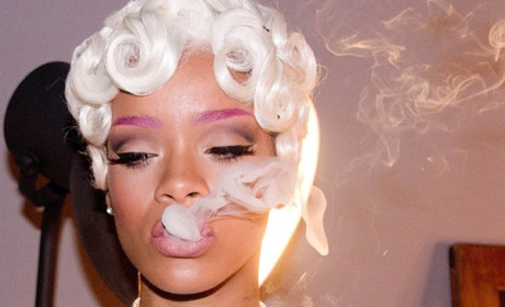 Rihanna Smoking Photo