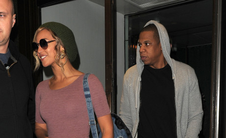 Beyonce and Jay Z: Drunk in Love at Party Thrown By Rapper's Mom