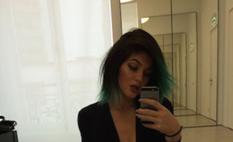 Kylie Jenner Cleavage Pic