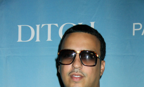 French Montana: Whispering, Laughing and Touching Another Woman!