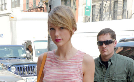 "Taylor Swift Lashes Out Against ""Sexist"" Critics"