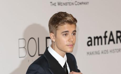 "Justin Bieber Fans Protest Selena Gomez Reconciliation, Start ""Ignore Justin Project"""