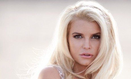 Jessica Simpson: Nearly Nude in New Perfume Ad!