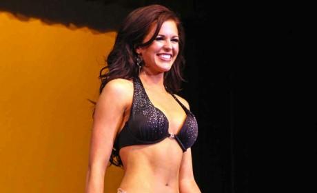Sierra Sandison, Miss Idaho, Wears Insulin Pump On Stage