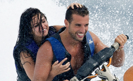 Tommy Chiabra: Spotted Jet Skiing with Selena Gomez!