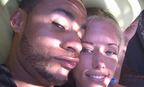 "Kendra Wilkinson DUMPS Hank Baskett, Declares ""I'm Single"" ... But is She Really?"