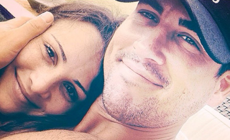 Andi Dorfman Shares Shirtless Josh Murray Selfie, Basks in Post-Bachelorette Bliss