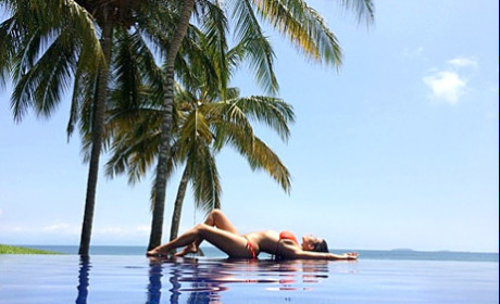 Kim Kardashian: Mexican Bikini Photo