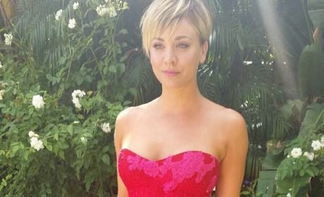"Kaley Cuoco is ""Obsessed"" With Taylor Swift, No One is Surprised"