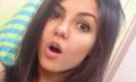 Victoria Justice Nude Photos Leak; Hacker Targeting Kate Upton, Ariana Grande Next?