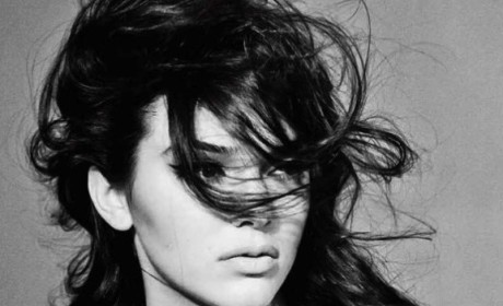 Kendall Jenner: Topless for Interview!