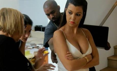 Kourtney Kardashian Kleavage