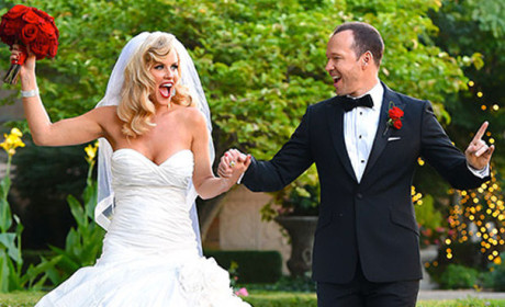 Jenny McCarthy Wedding Dress: FIRST LOOK!