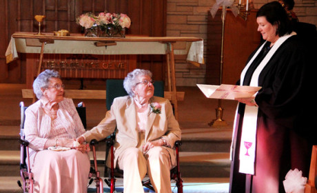 Lesbian Couple Weds After 72 Years
