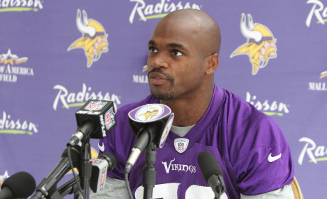 "Adrian Peterson Accused of Abusing SECOND Son, Admits Via Text to Car ""Whooping"""