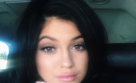 "Kylie and Kris Jenner: ""Fighting Non-Stop"" Over Hair Extensions Deal, Source Claims"