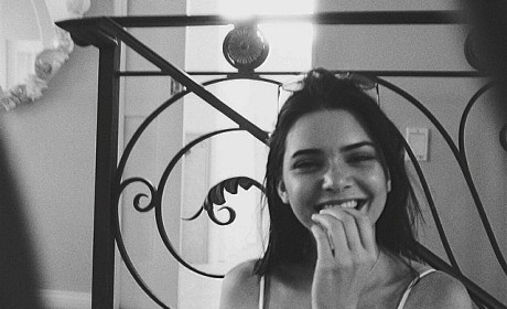 Kendall Jenner Smiling Pic