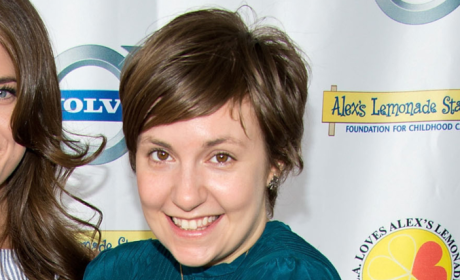 Lena Dunham Cancels Appearances, Orders Website to Stop Quoting Her Book In Wake of Molestation Scandal