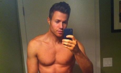 Nick Jonas vs. Ashley Parker: Shirtless Stud Showdown!