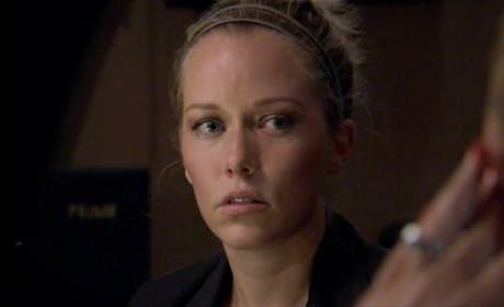 Kendra Wilkinson: Over Hank Baskett? Giving Guys Her Number?