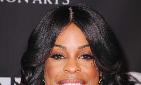 Niecy Nash on a Happy Marriage: All About Oral Sex!