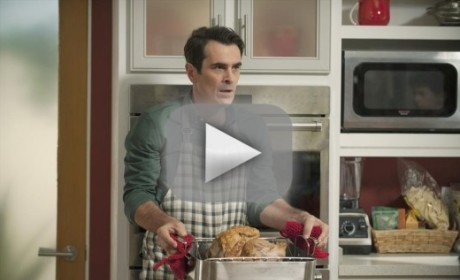 Modern Family Season 6 Episode 8 Recap: Three Turkeys, Many Laughs