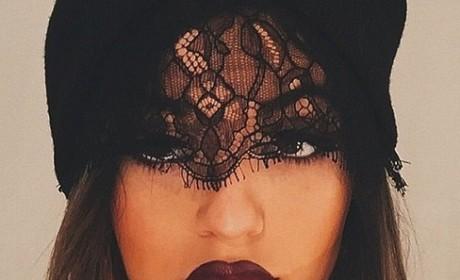 Kylie Jenner: HUGE Lips!