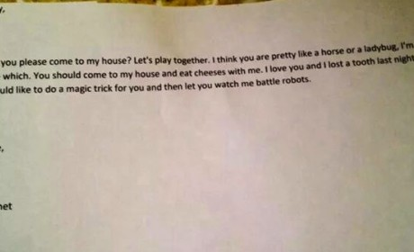 Four-Year-Old Boy Writes Love Letter to Girl, Invites Her to Battle Robots and Eat Cheeses