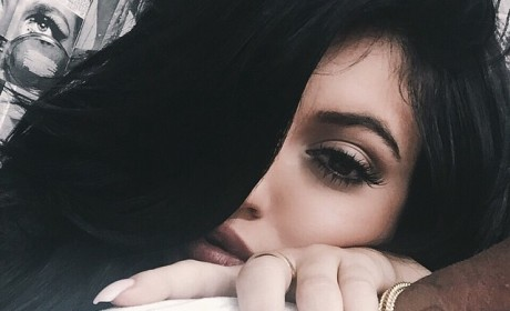 Kylie Jenner: ALL OVER Tyga in Latest Selfie!