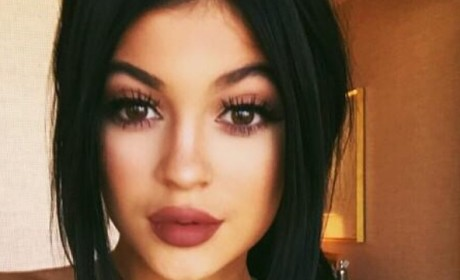 Kylie Jenner Nipple Piercing Photo Creates Controversy