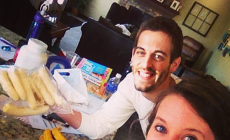 Jill Duggar and Derick Dillard Bask in Married Life, Post Monthiversary Selfies