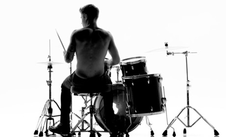 Justin Bieber: Shirtless, Drum-Playing for Calvin Klein!