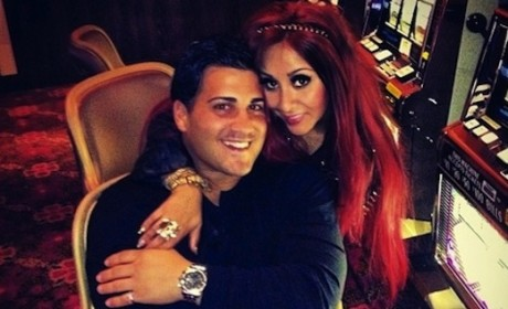 Jionni LaValle: Cheating on Snooki? Trolling For Side Chick?